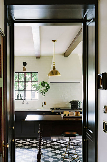 Preciously Me blog : Black & Gold Kitchen