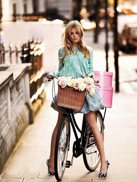 Preciously Me blog : Girl with bicycle and flowers