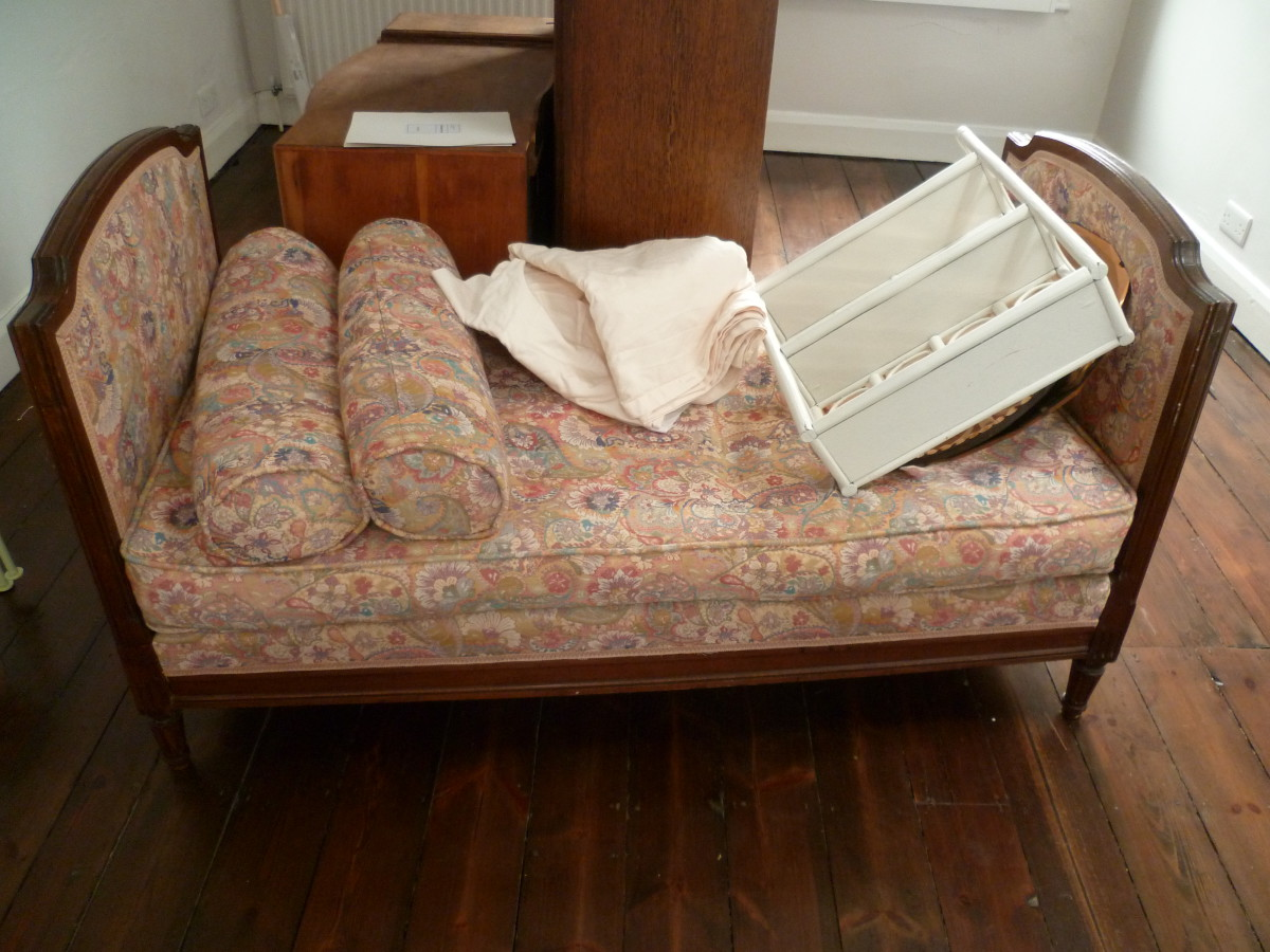 Preciously Me blog : Vintage Daybed Makeover
