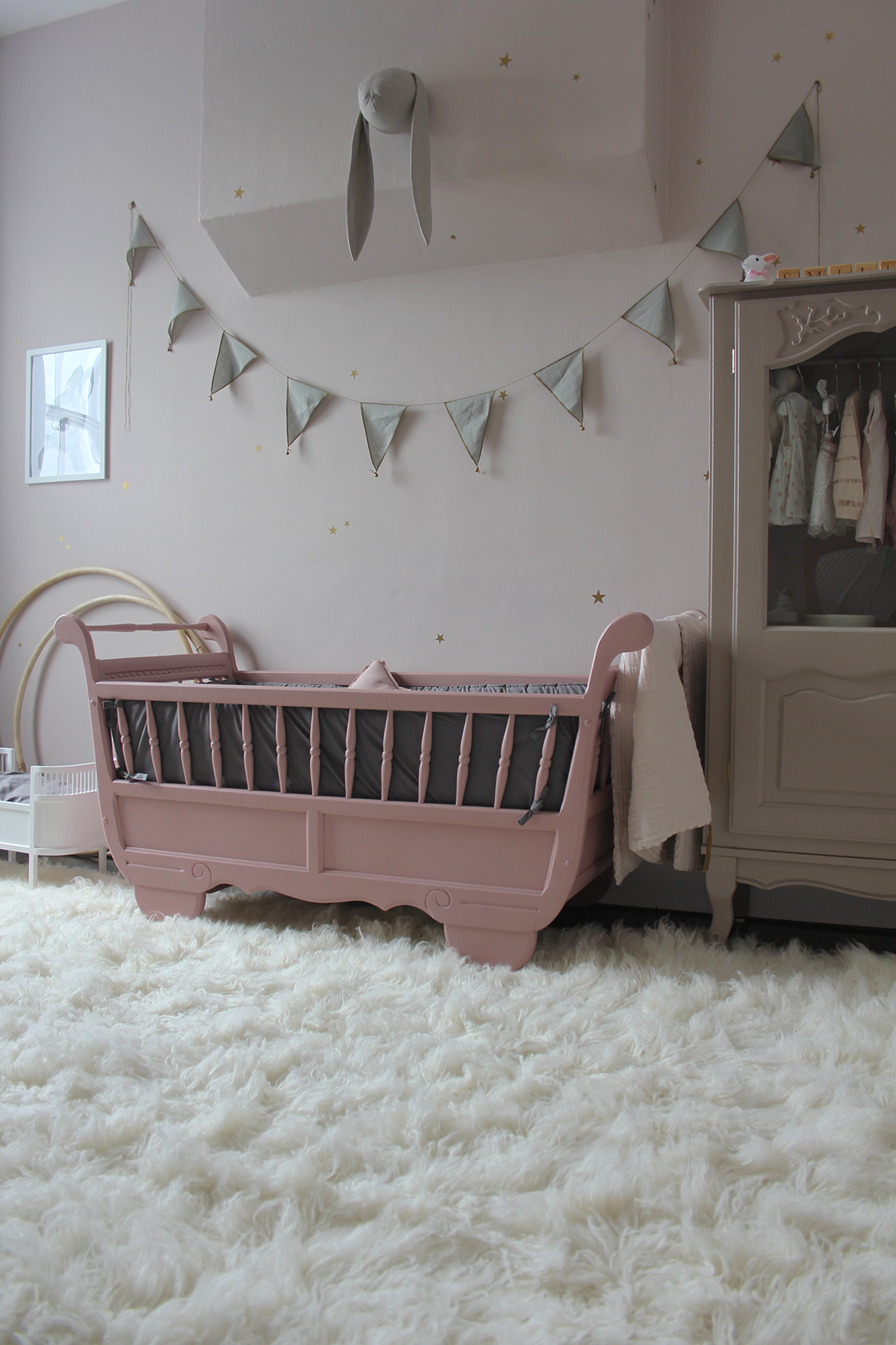 Preciously Me blog : One Room Challenge - Nursery Reveal