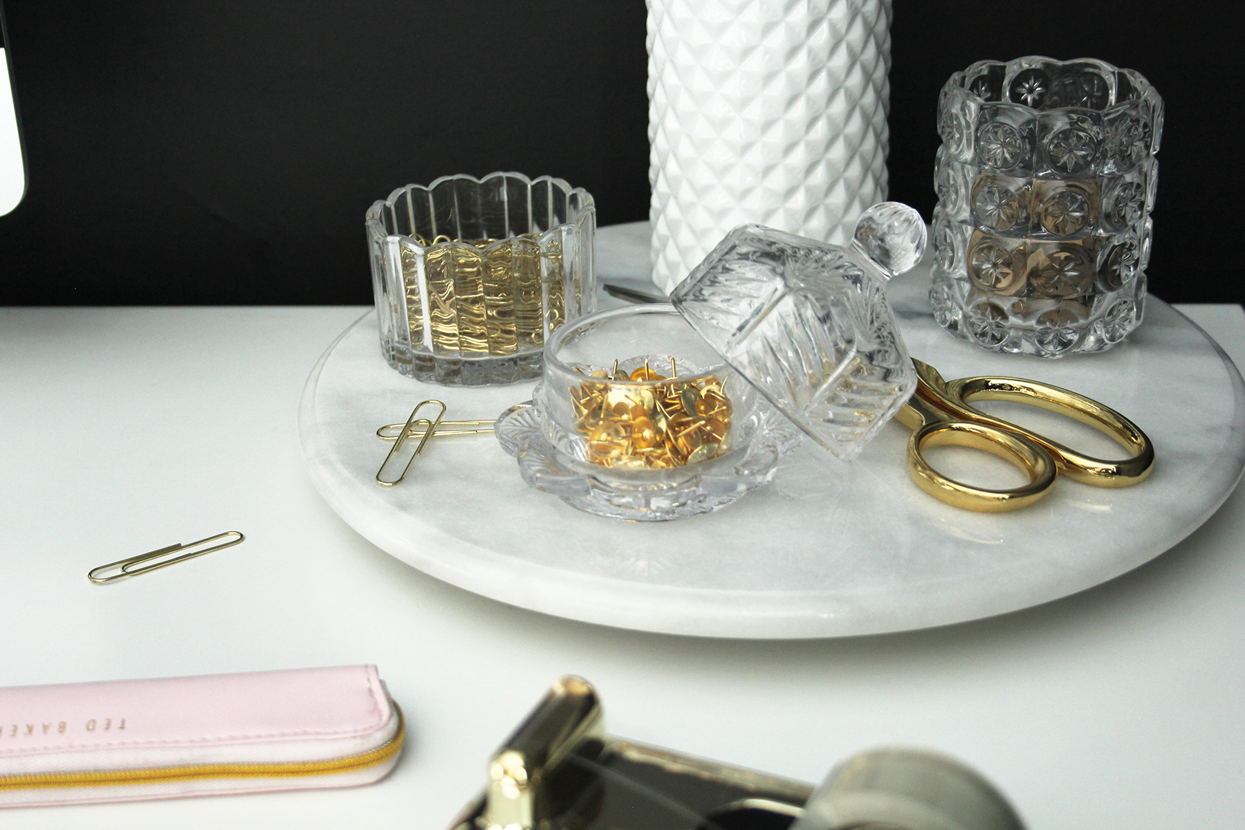 Preciously Me blog : Office - Unexpected Desk Accessories
